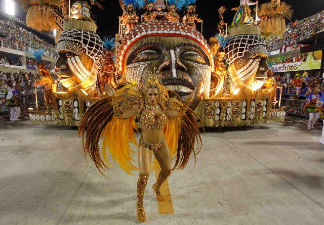 Las-Chicas-del-Gran-Carnaval-de-Brazil