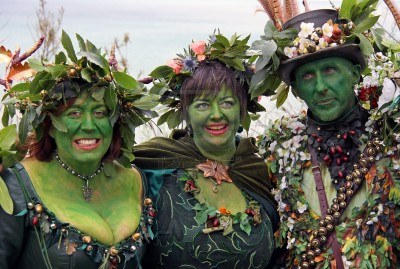 6897836-hastings-uk-may-3rd-2010-people-in-costume-at-jack-in-the-green-festival-may-day-weekend-hastings-ca